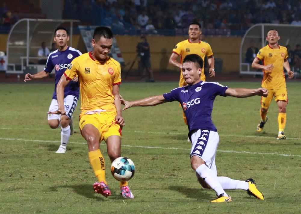 Nén đau buồn thi đấu, Quang Hải khiến đồng đội, HLV Hà Nội FC cảm kích-1