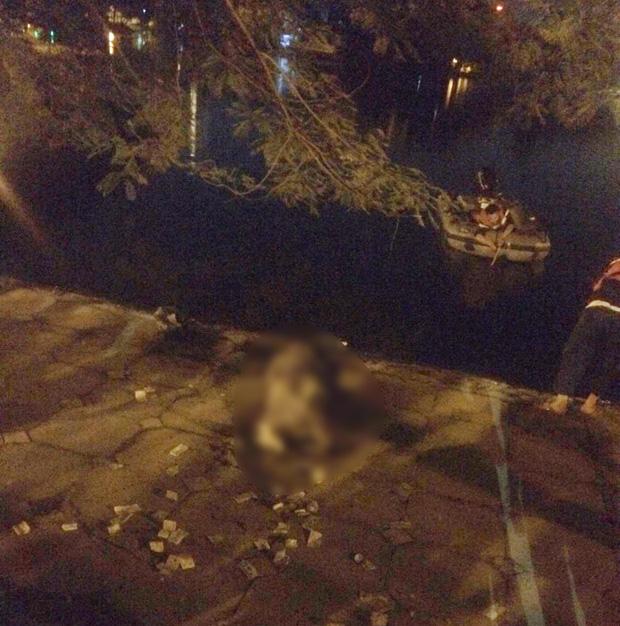 Nghi án người đàn ông bỏ lại xe đạp cùng nhiều đồ đạc rồi nhảy xuống hồ tự tử trong đêm-3