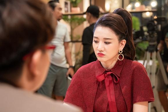 Hari Won tiết lộ từng muốn tự tử, áp lực chuyện sinh con và khẳng định: Cưới Trấn Thành, tôi như búp bê sống-2