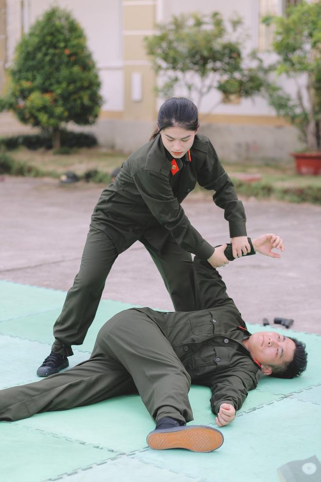 Trương Quỳnh Anh bức xúc, lớn tiếng trước mặt chồng cũ-10