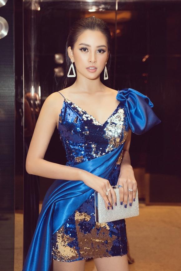 Hoa hậu Tiểu Vy đẹp như nữ thần, hào hứng khi làm giám khảo cuộc thi nhan sắc quốc tế-4