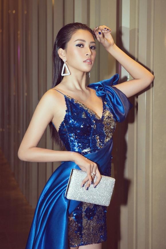 Hoa hậu Tiểu Vy đẹp như nữ thần, hào hứng khi làm giám khảo cuộc thi nhan sắc quốc tế-7
