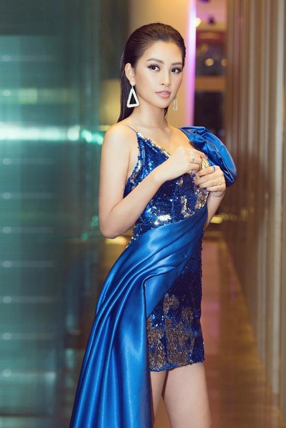 Hoa hậu Tiểu Vy đẹp như nữ thần, hào hứng khi làm giám khảo cuộc thi nhan sắc quốc tế-10