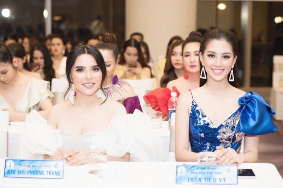 Hoa hậu Tiểu Vy đẹp như nữ thần, hào hứng khi làm giám khảo cuộc thi nhan sắc quốc tế-12