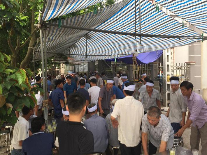 Quang Hải về chịu tang ông nội ngay sau khi lập hat-trick kiến tạo thắng Thanh Hóa-6