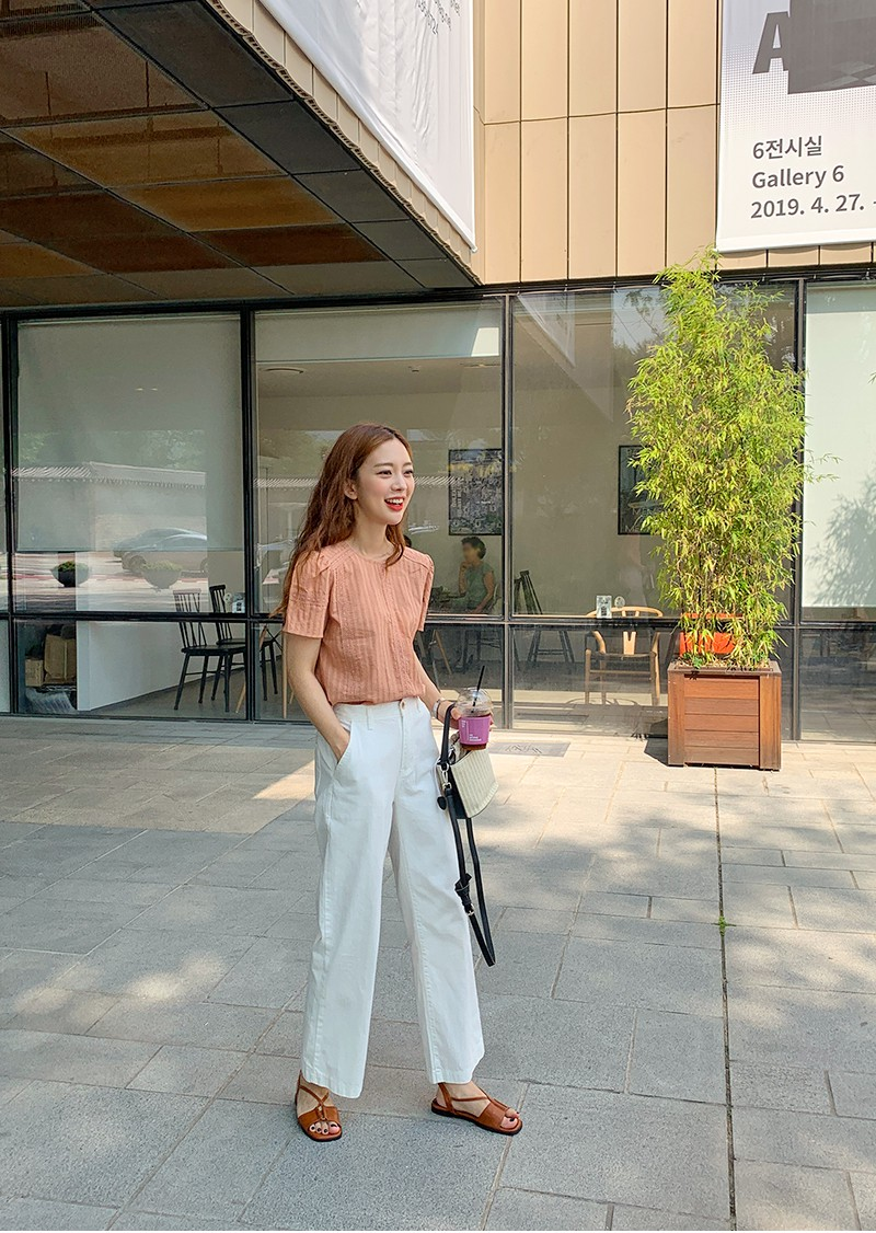 4 món đồ jeans bạn nên tậu gấp để bước vào mùa thu với style trẻ xinh và siêu cấp sành điệu-9
