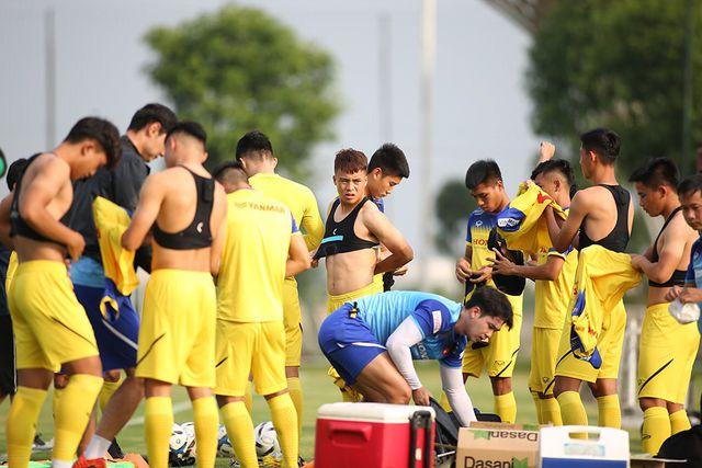 HLV Park Hang Seo nhận tin không vui ở U22 Việt Nam-4