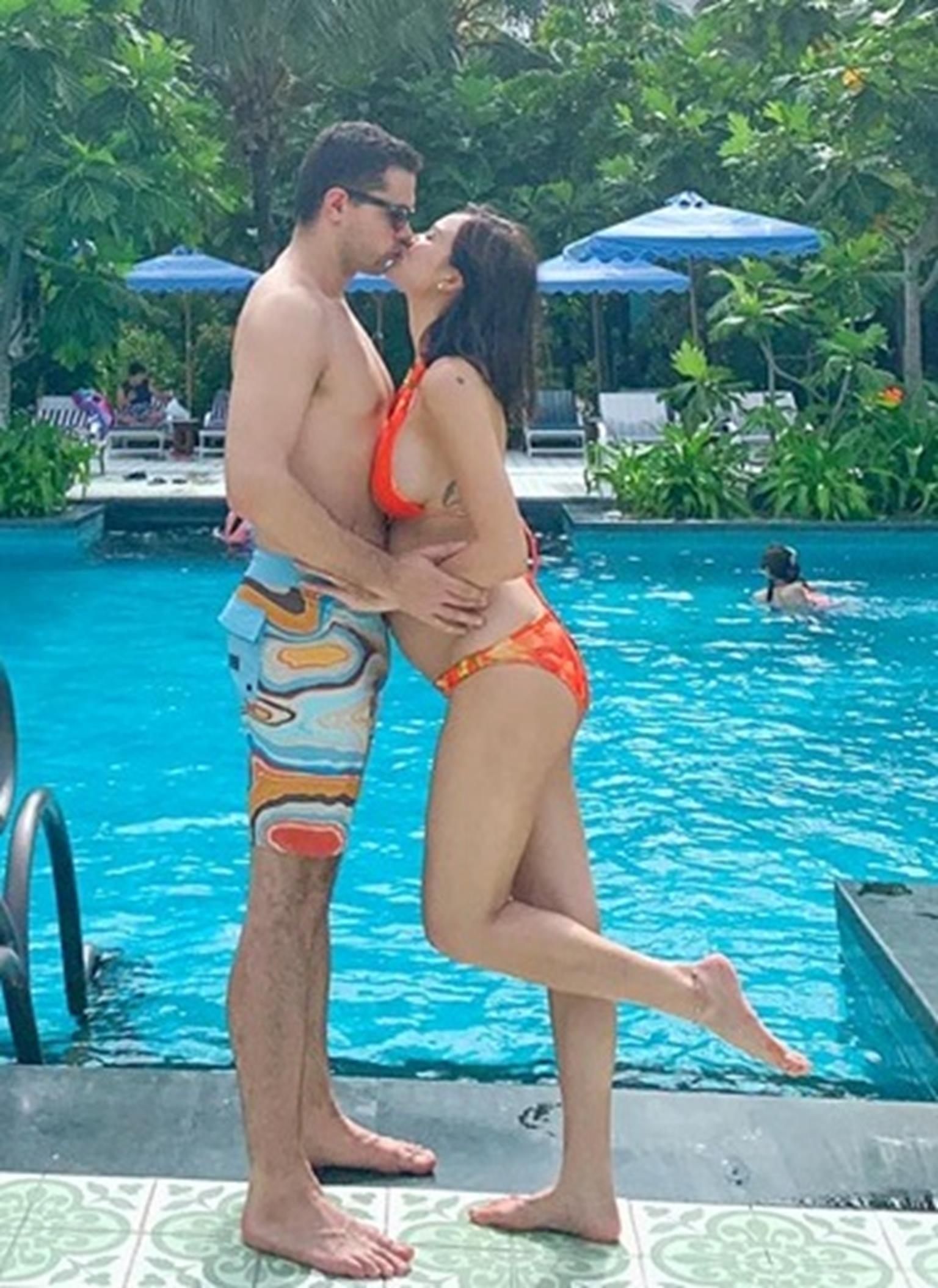 MC Phương Mai mang bầu 6 tháng vẫn mặc bikini khoe dáng đẹp hút mắt-7