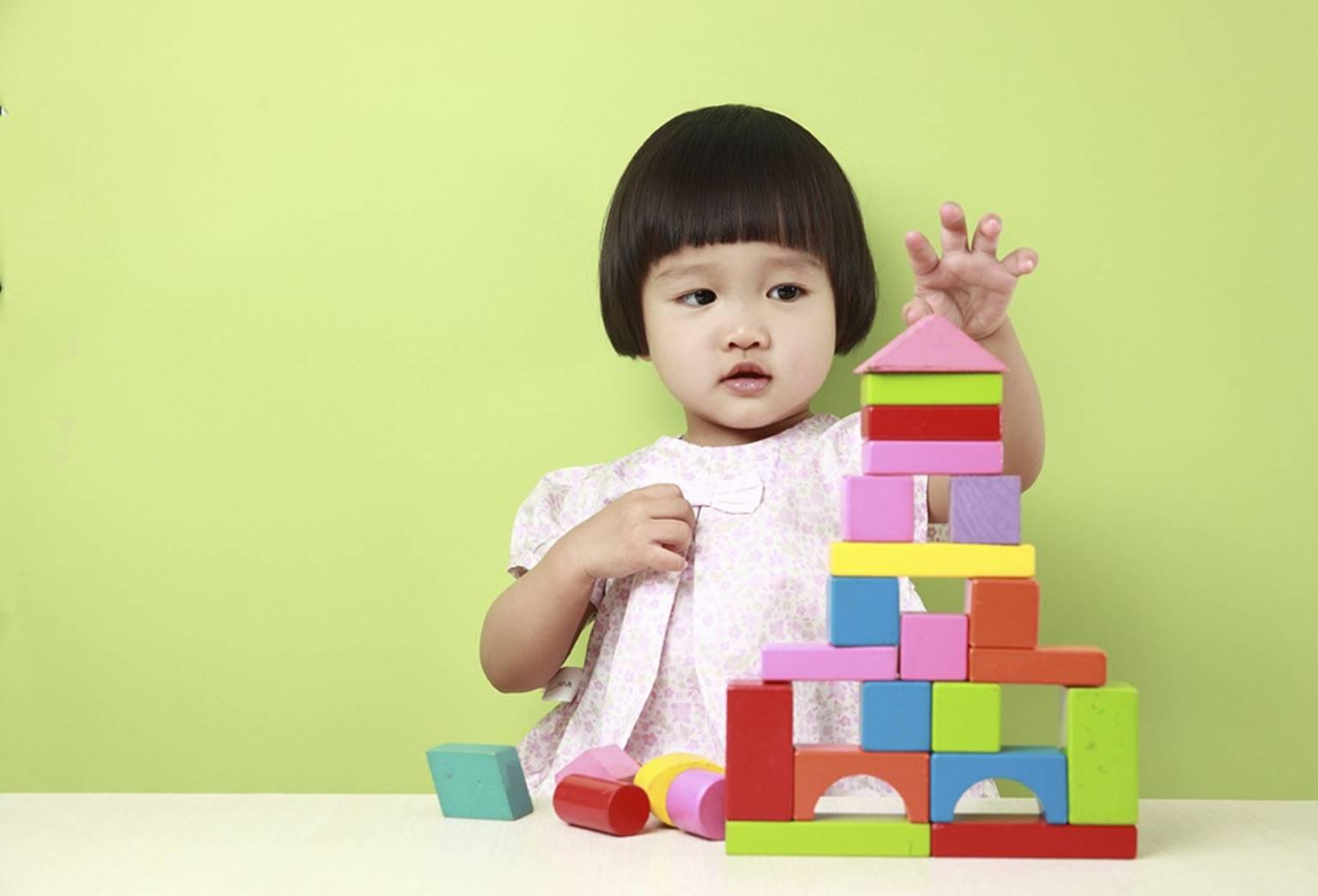 7 dấu hiệu sớm của trẻ thông minh bố mẹ có thể phát hiện trước khi con 5 tuổi-2