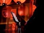 Mỹ: 3 nữ tướng xông vào nuốt trọn số iPhone trị giá hàng trăm triệu rồi tẩu thoát như phim-3