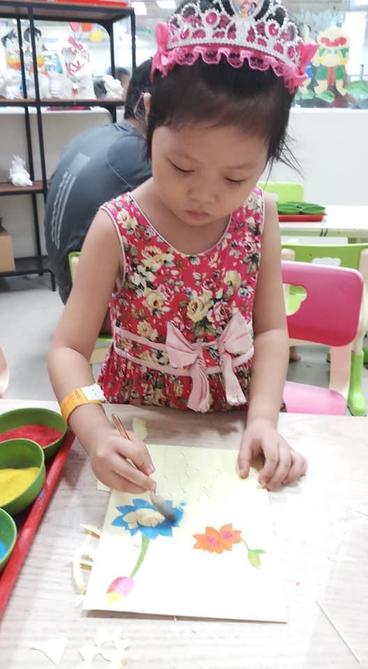 Bé 5 tuổi 3 lần vô địch Nhanh như chớp nhí: Chị Ba bất biến là ai mà khiến hàng loạt sao Việt phát cuồng?-12