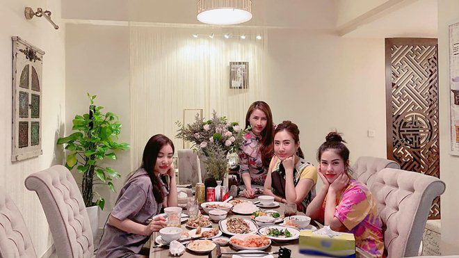 Xoá nghi vấn ghét nhau, Quế Vân mời vợ cũ Việt Anh đến nhà ăn cỗ đẹp như nhà hàng-2