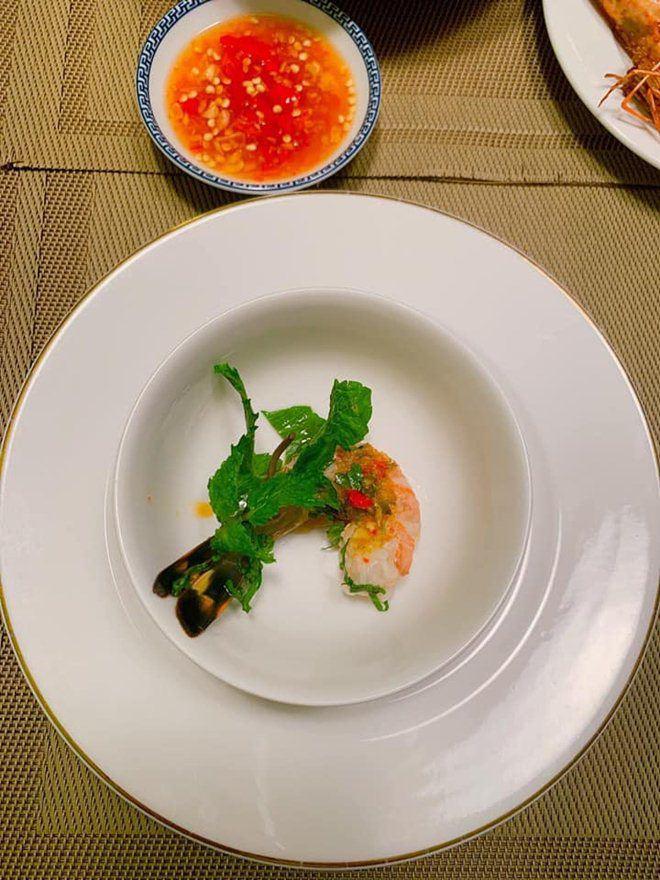 Xoá nghi vấn ghét nhau, Quế Vân mời vợ cũ Việt Anh đến nhà ăn cỗ đẹp như nhà hàng-5