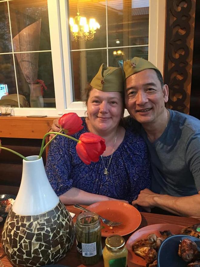 Sinh nhật tuổi 26 vui khó tả của Lâm Tây: Đại gia đình họ Đặng kéo nhau sang Thái xua tan nỗi cô đơn cho cậu cháu-2