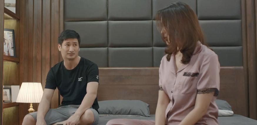 Hoa hồng trên ngực trái tập 3, Thái bắt vợ xin lỗi tiểu tam bất kể đúng sai-4