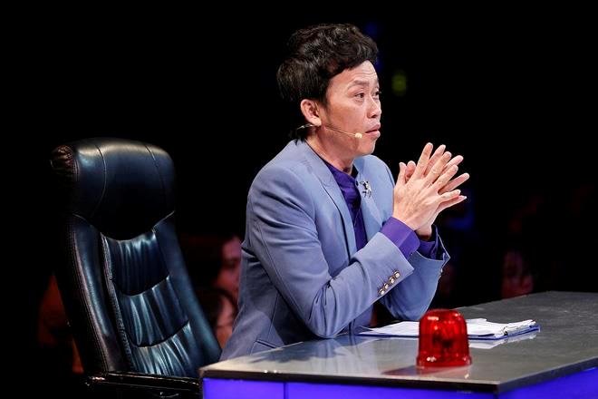 Vì sao Hoài Linh vắng mặt ở hàng loạt game show truyền hình?-2