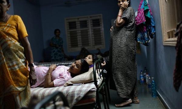 Góc khuất đằng sau ngành công nghiệp cho thuê tử cung: Nỗi đau xé lòng của những bà mẹ không bao giờ được phép nhìn thấy mặt con-3