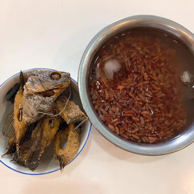 Sao Việt ồ ạt thay thế cơm trắng bằng 5 loại thực phẩm giảm cân khác, bất ngờ nhất là loại số 3-9