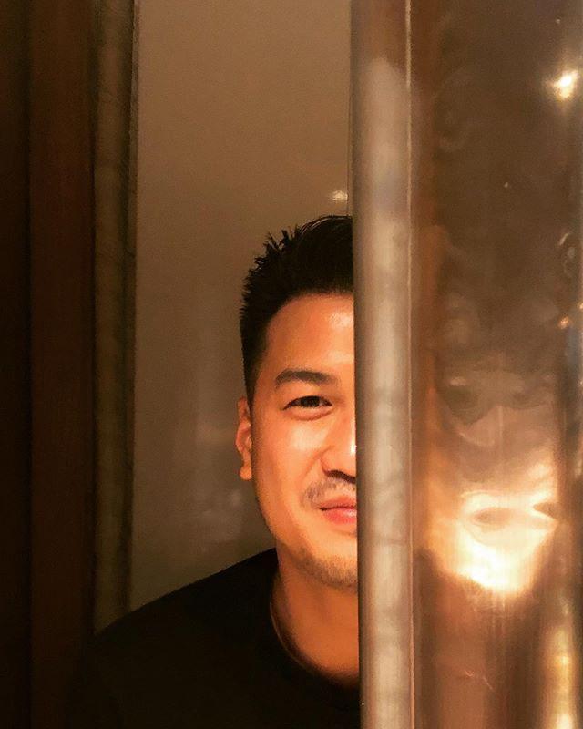 Sau khi công khai hẹn hò, em chồng Hà Tăng - Phillip Nguyễn và người mẫu Linh Rin giờ đã mạnh dạn thể hiện tình yêu-3