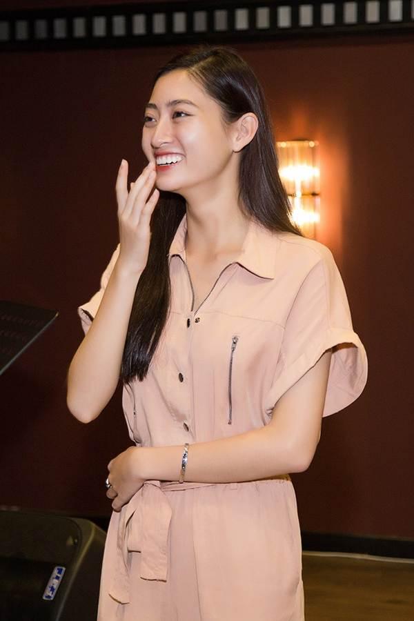 Hoa hậu Tiểu Vy và dàn người đẹp để mặt mộc dự sinh nhật Hoa hậu Lương Thuỳ Linh-2