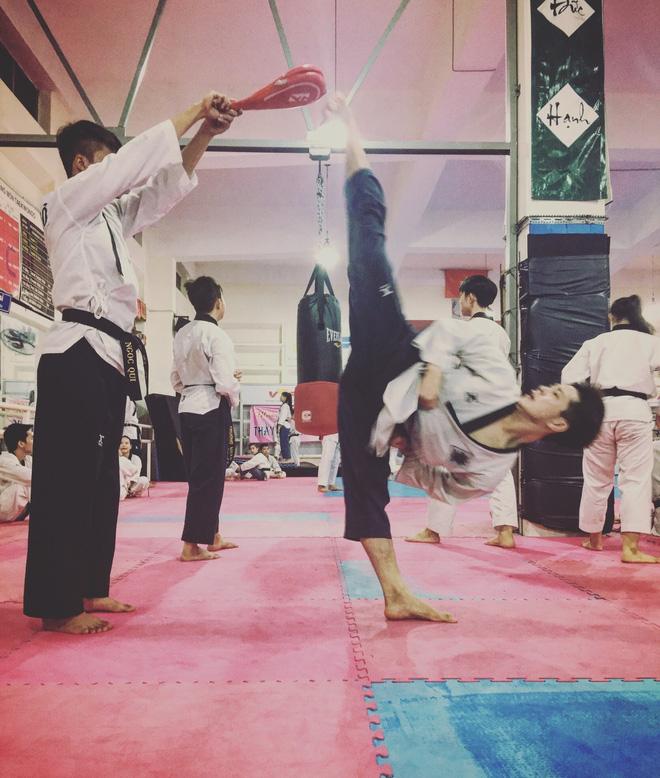 Chết đứ đừ trước vẻ điển trai baby của cựu sinh viên ĐH Tôn Đức Thắng, đã thế lại còn là kiện tướng Taekwondo quốc tế-4