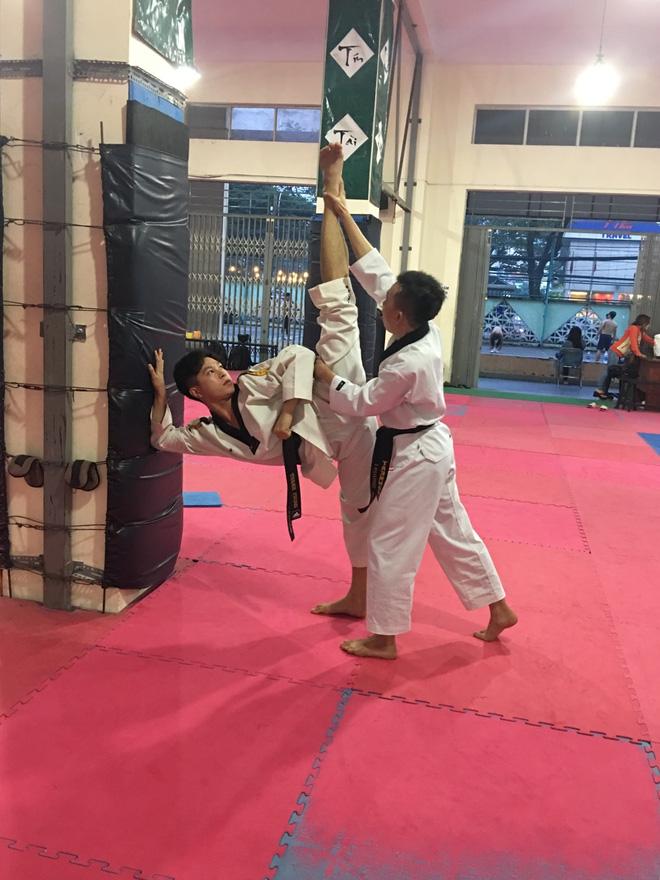Chết đứ đừ trước vẻ điển trai baby của cựu sinh viên ĐH Tôn Đức Thắng, đã thế lại còn là kiện tướng Taekwondo quốc tế-5
