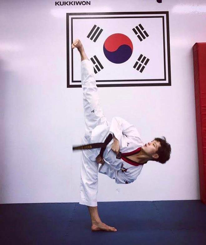 Chết đứ đừ trước vẻ điển trai baby của cựu sinh viên ĐH Tôn Đức Thắng, đã thế lại còn là kiện tướng Taekwondo quốc tế-7