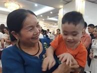 Gặp lại cô giáo sinh con ở tuổi 60: 'Tôi là mẹ già nhưng con tôi vẫn đạt chuẩn'