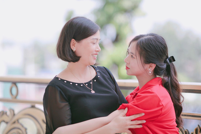 Tân sinh viên ĐH Luật Hà Nội gây sốt với bức ảnh góc nghiêng khoe vẻ baby khó cưỡng, xem được thành tích học càng khiến dân tình xôn xao hơn-19