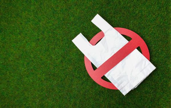 Doanh nghiệp bán lẻ chống rác thải nhựa: Nhìn từ thế giới đến Việt Nam-1