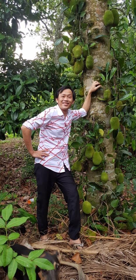 Cuộc sống của nghệ sĩ Hoài Linh sau khi rời khỏi hàng loạt các gameshow truyền hình-11