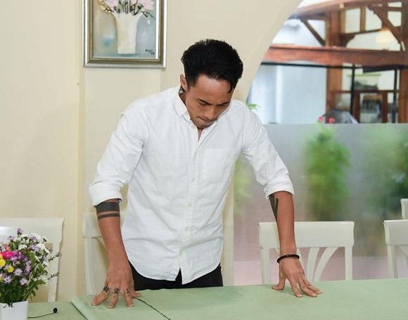 Sau một năm diễn ra scandal gạ tình ầm ĩ, cuộc sống của Phạm Anh Khoa giờ ra sao?-2