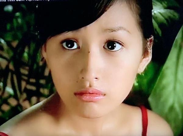 Hoa hậu Mai Phương Thúy đăng ảnh thời ngây thơ khi 20 tuổi-1