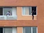 Giải cứu người đàn ông quốc tịch Pháp đòi tự sát: Những giây phút ngộp thở, căng như dây đàn-5