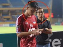 Trọng Đại mất điểm trong mắt thầy Hàn Quốc vì quá chăm chú vào... chiếc smartphone