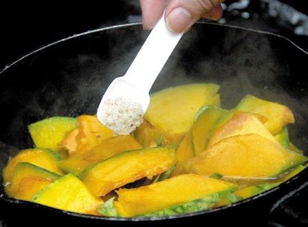 Mách chị em cách dùng các loại gia vị an toàn khi nấu ăn mỗi ngày-1