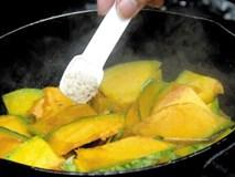 Mách chị em cách dùng các loại gia vị an toàn khi nấu ăn mỗi ngày