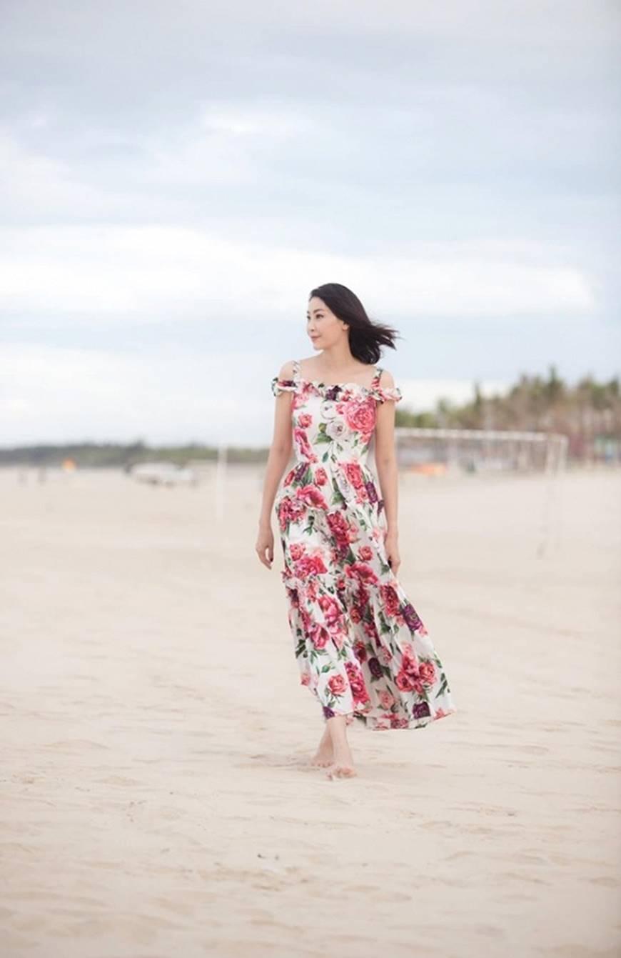 Nhan sắc chim sa cá lặn của Hoa hậu Hà Kiều Anh ở tuổi 43-3