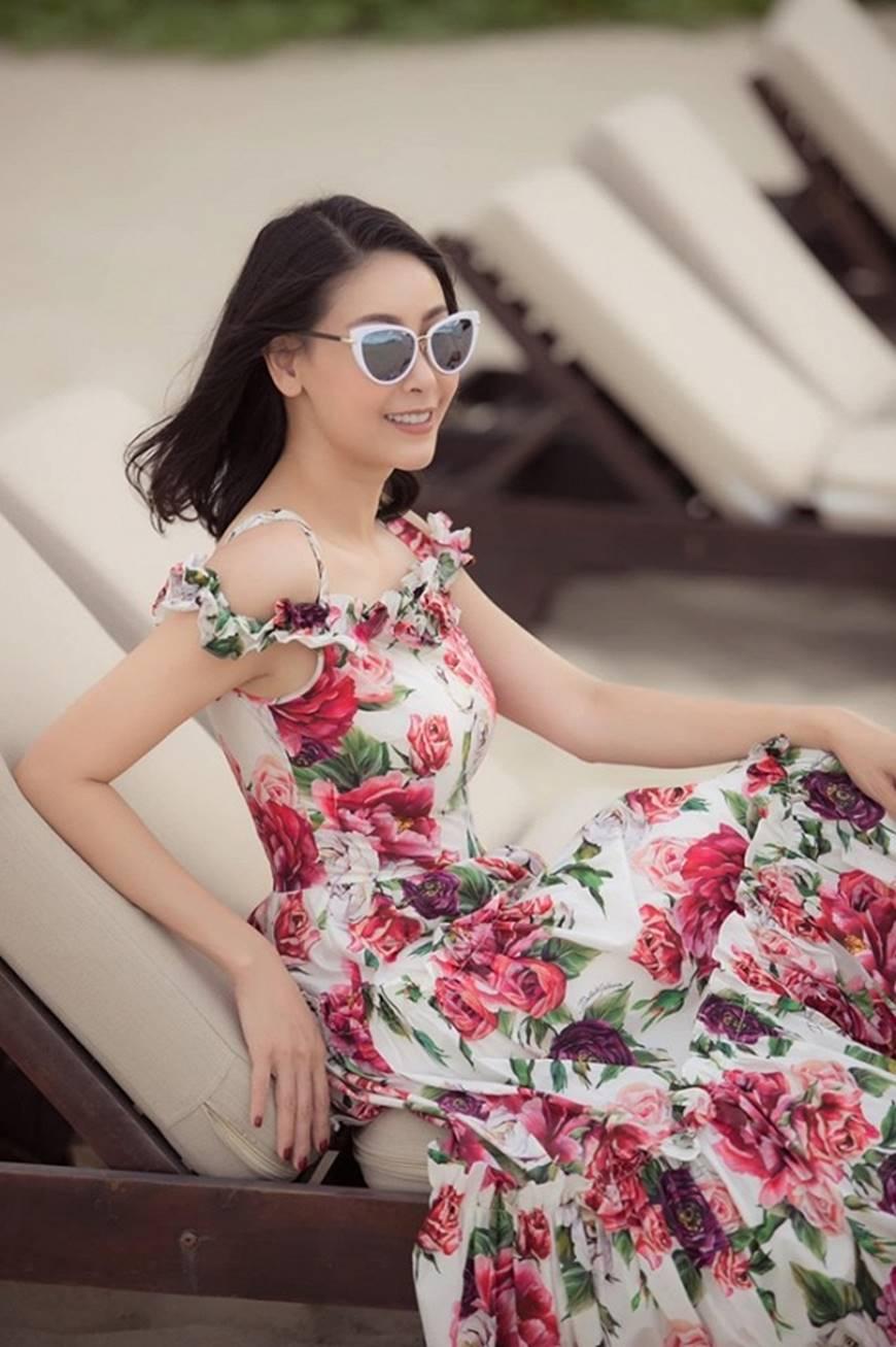 Nhan sắc chim sa cá lặn của Hoa hậu Hà Kiều Anh ở tuổi 43-4