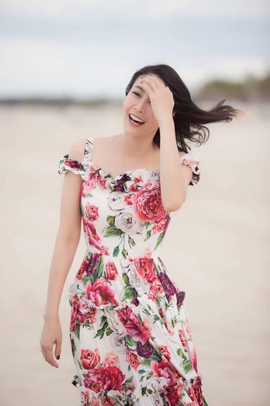 Nhan sắc chim sa cá lặn của Hoa hậu Hà Kiều Anh ở tuổi 43-5