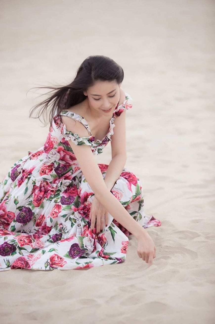 Nhan sắc chim sa cá lặn của Hoa hậu Hà Kiều Anh ở tuổi 43-7