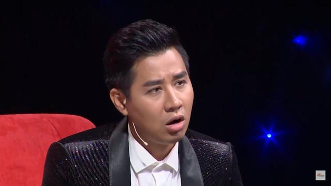 MC Nguyên Khang bị khán giả chỉ trích vì dẫn chương trình vô duyên, hỏi sỗ sàng người chơi-5