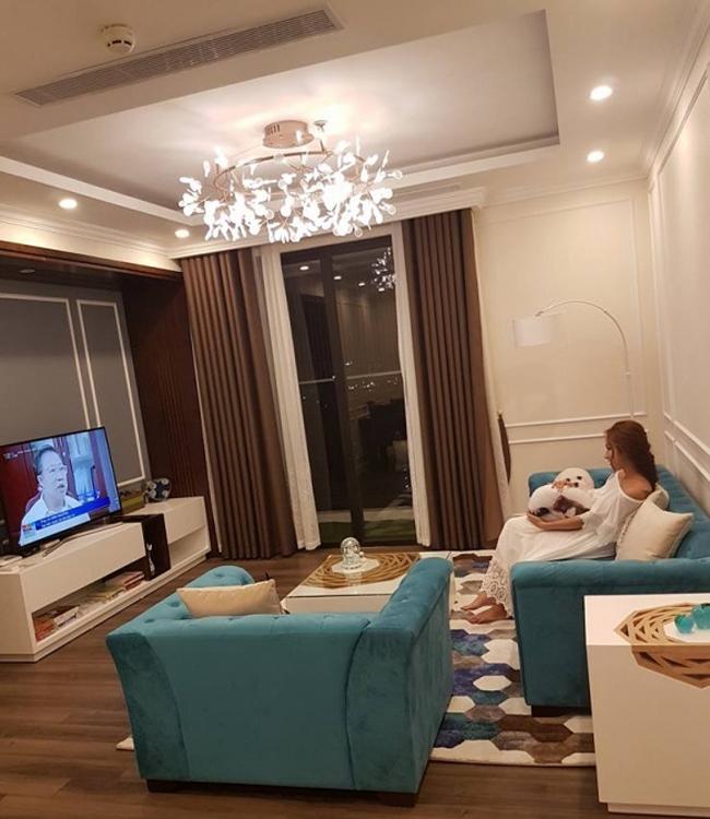 3 bà mẹ đơn thân vừa quyến rũ, giàu có lại kín tiếng trong showbiz Việt-3