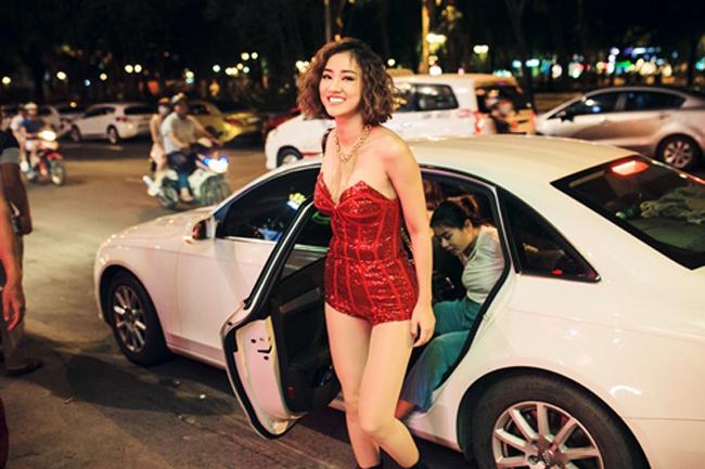 3 bà mẹ đơn thân vừa quyến rũ, giàu có lại kín tiếng trong showbiz Việt-19
