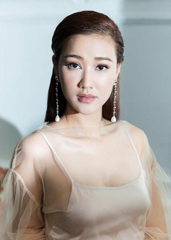 3 bà mẹ đơn thân vừa quyến rũ, giàu có lại kín tiếng trong showbiz Việt-21