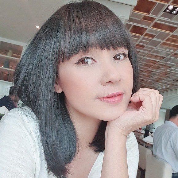 Tượng đài nhan sắc Việt Trinh vừa đổi kiểu tóc, CĐM ngẩn ngơ vì U50 mà ngỡ như búp bê-4