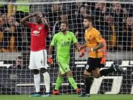 Pogba đá hỏng penalty, Man United đánh rơi chiến thắng trước Bầy sói