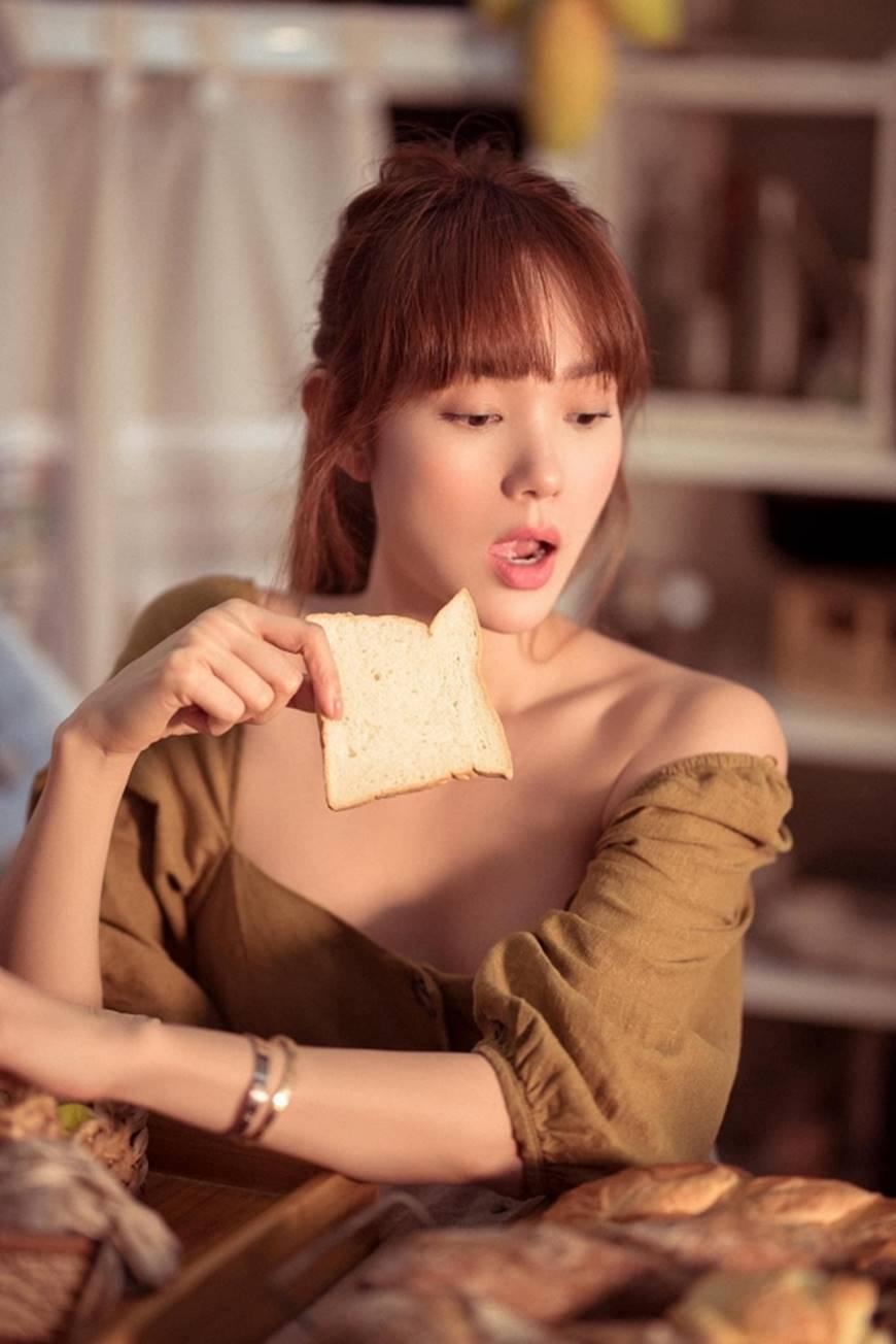 Vẻ đẹp mong manh của Minh Hằng dù đã vượt ngưỡng 30-3