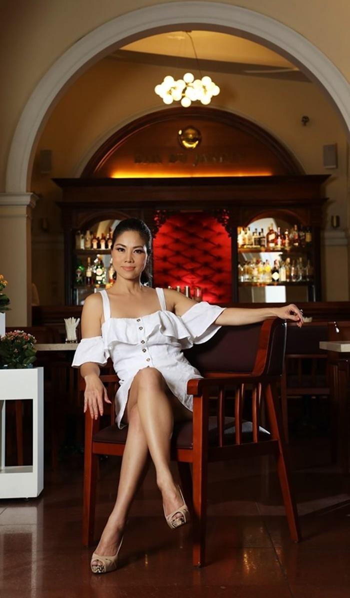 Nữ ca sĩ Việt 3 đời chồng khoe bikini nóng bỏng ở tuổi 46-2