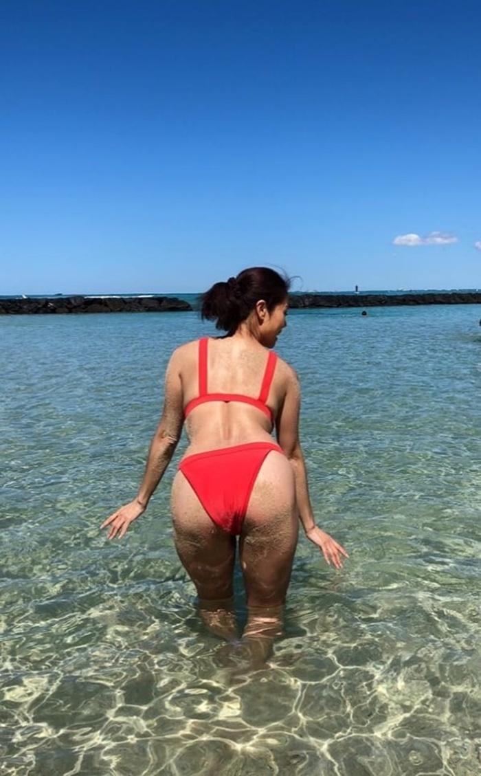 Nữ ca sĩ Việt 3 đời chồng khoe bikini nóng bỏng ở tuổi 46-11